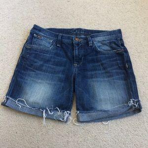 """Joe's Jeans """"The Best Friend"""" Jean Shorts EUC"""